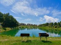 Bauernhof mit kleinem See zum Sportfischen, Piombino, Livorno
