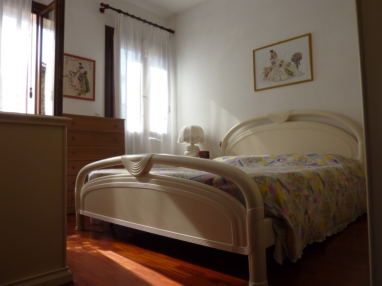 casa (186 mq) + laboratorio (242 mq) - 4 camere 2 bagni - VOLPAGO DEL MONTELLO (TV)