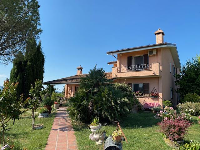 Lo Stradone - Villa