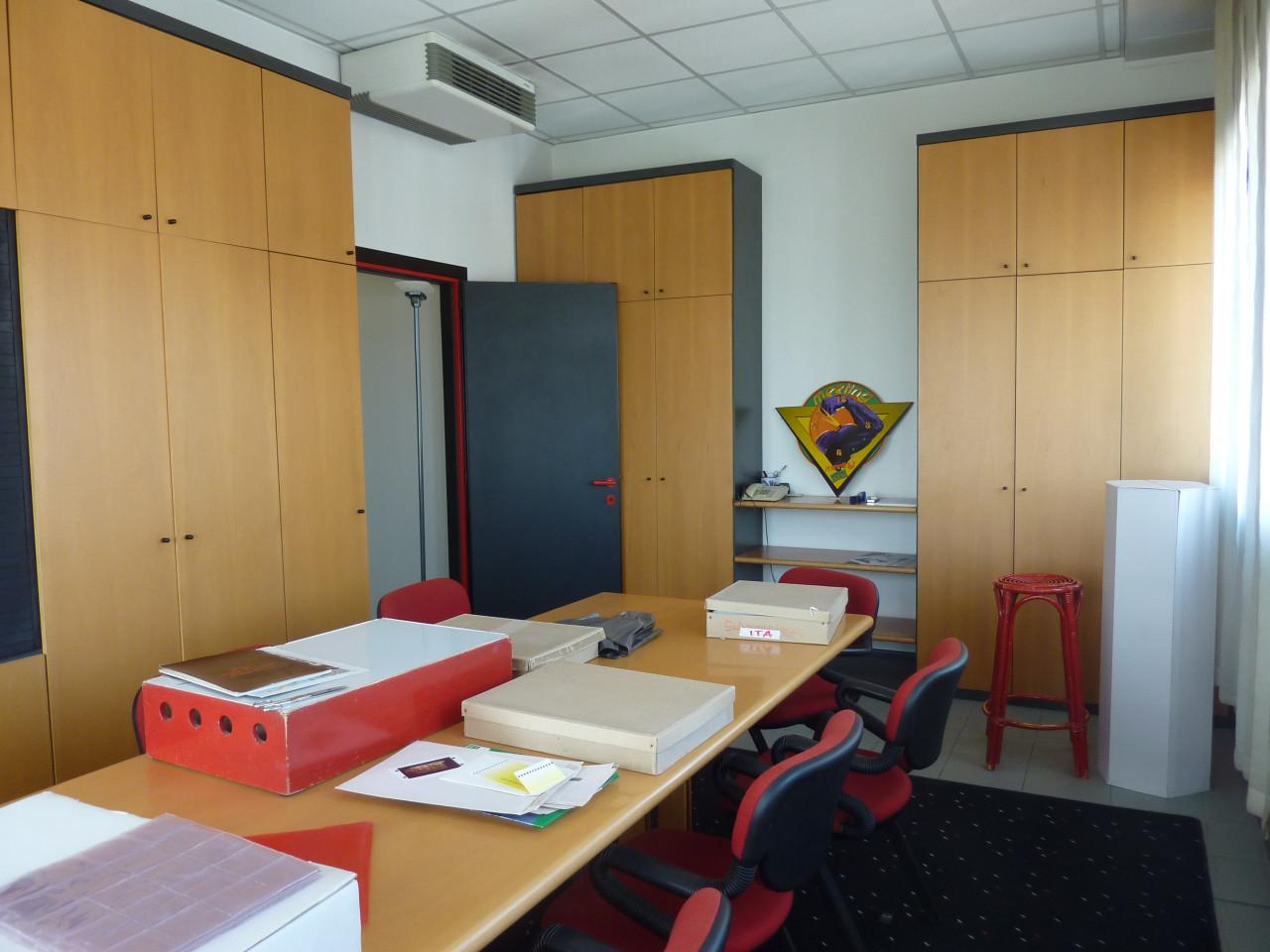 ufficio 180 mq - 6 locali / bagni / area ristoro / archivio - VILLORBA (TV)