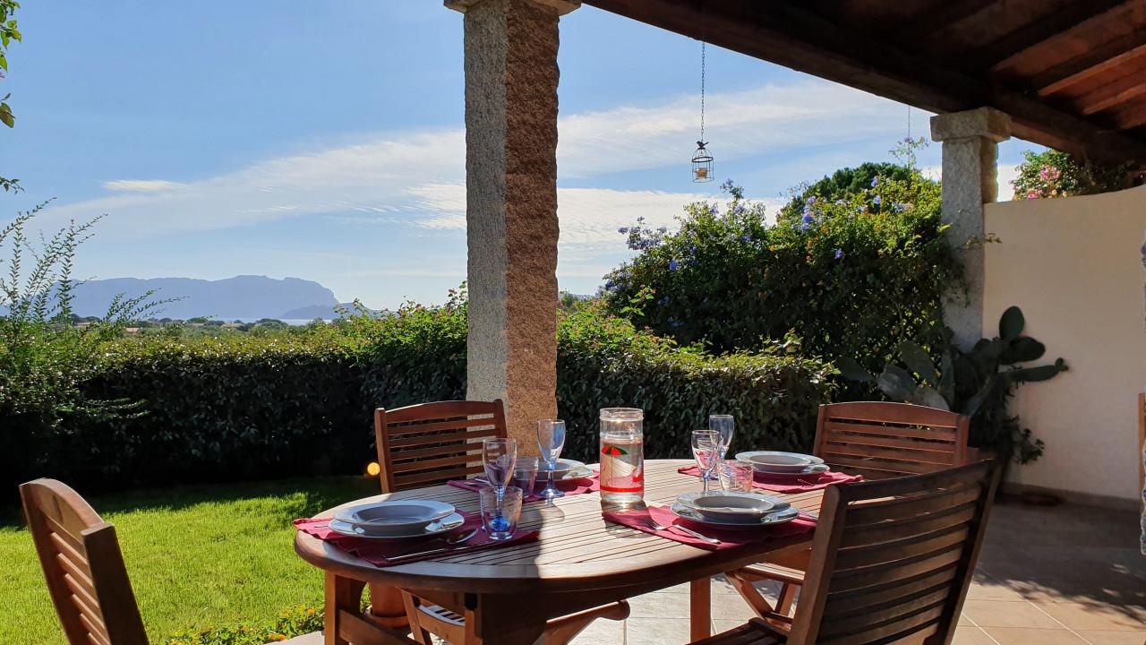 Appartamento comodo con giardino e terrazza coperta