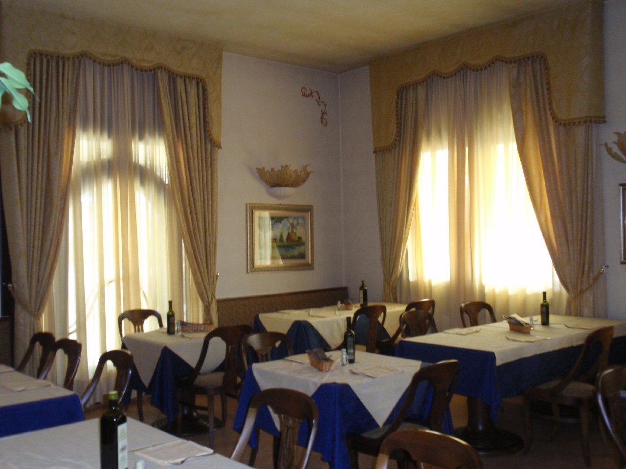Palazzo in vendita a Abano Terme