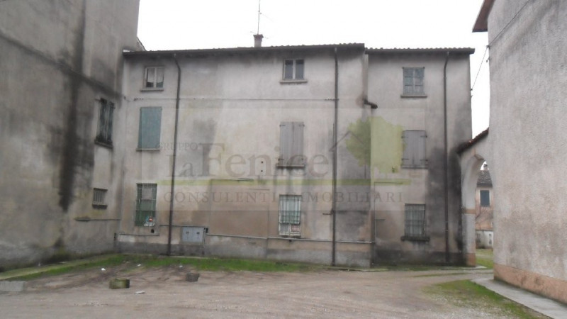 MEDOLE RUSTICO INDIPENDENTE - https://images.gestionaleimmobiliare.it/foto/annunci/101130/105730/800x800/sam_0220.jpg