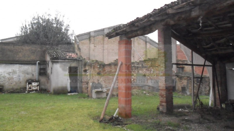 MEDOLE RUSTICO INDIPENDENTE - https://images.gestionaleimmobiliare.it/foto/annunci/101130/105730/800x800/sam_0224.jpg