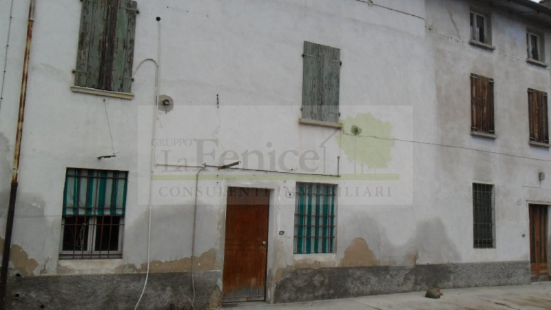 MEDOLE RUSTICO INDIPENDENTE - https://images.gestionaleimmobiliare.it/foto/annunci/101130/105730/800x800/sam_0227.jpg