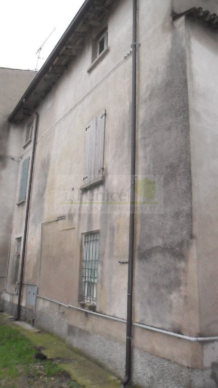MEDOLE RUSTICO INDIPENDENTE - https://images.gestionaleimmobiliare.it/foto/annunci/101130/105730/800x800/sam_0228.jpg