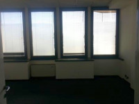 Ufficio, open-space, dotato di riscaldamento autonomo, aria condizionata, ascensore, impianti elettr
