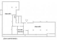 Immobile così suddiviso: mq 300 ca. di negozio al piano terra e mq 275 ca. di deposito/magazzino al