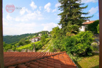 ARCUGNANO - collina: VILLA storica con 4 ettari di terreno di parco e vigneto