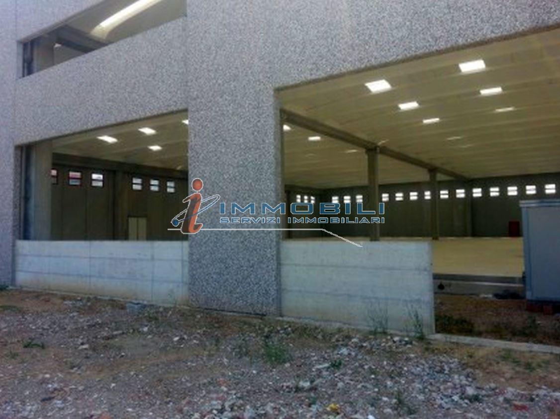 Immobile industriale/artigianale in fase di costruzione con altezza interna di mt 9 ca., superficie