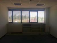 Spazi così divisi: 330 mq ca di uffici al primo piano, 310 mq ca di uffici al secondo piano.Suddivis
