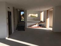 Castello di Godego zona centro vendiamo esclusiva Villa Bifamiliare