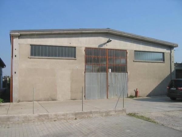 Capannone in vendita a Baricella, 7 locali, zona Località: Baricella, prezzo € 139.000 | CambioCasa.it