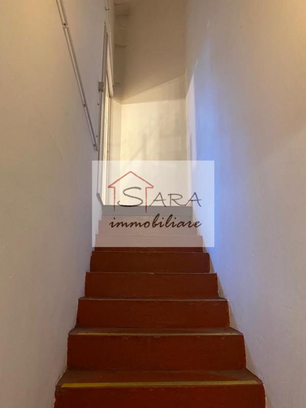 Negozio 160 mq zona Scovegni - https://images.gestionaleimmobiliare.it/foto/annunci/140210/508789/800x800/004__13.jpg