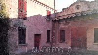 MONTIANO - CASTELLO CON CANTINE