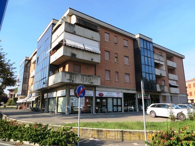 Ufficio / Studio in vendita a Vignola, 2 locali, zona Località: Vignola - Centro, prezzo € 180.000 | CambioCasa.it