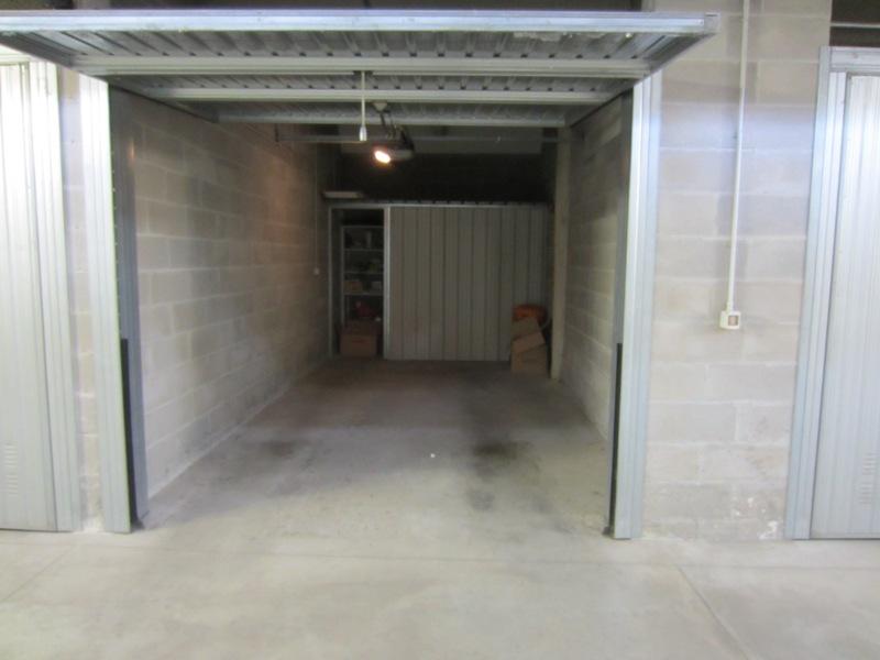 Garage in vendita a Este