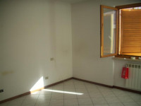 Vendesi  appartamento a Levane