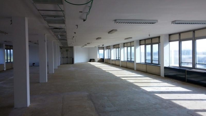 Ufficio / Studio in affitto a Trezzano sul Naviglio, 4 locali, prezzo € 9.350 | PortaleAgenzieImmobiliari.it