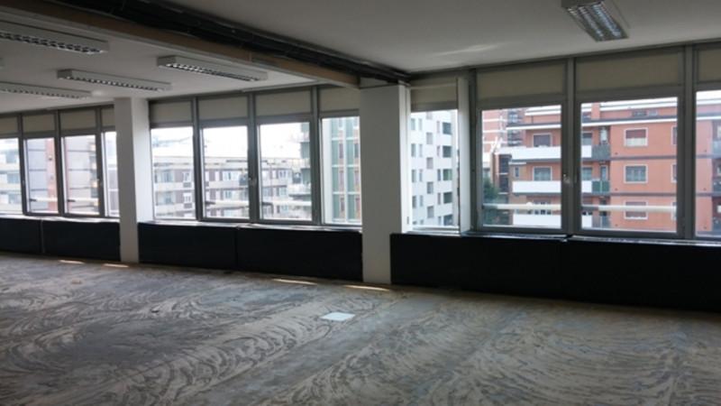 Ufficio / Studio in affitto a Trezzano sul Naviglio, 4 locali, prezzo € 3.785 | PortaleAgenzieImmobiliari.it