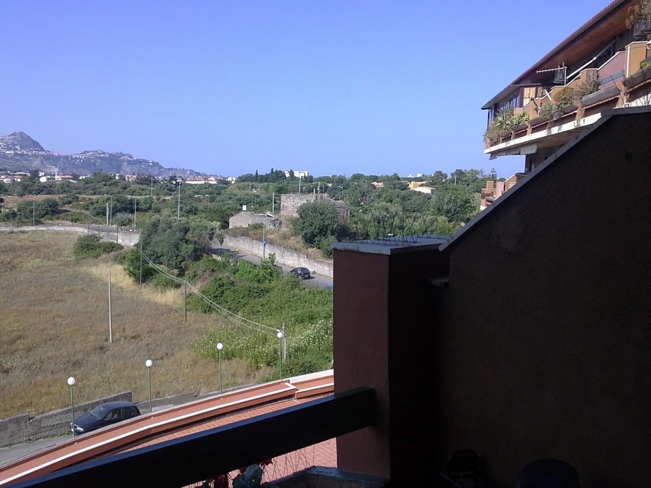 Appartamento in vendita a Giardini Naxos