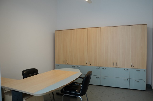 Merano, centro, ufficio completamente arredato