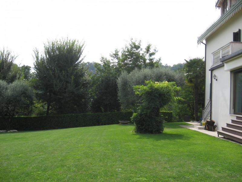 Villa in affitto a Abano Terme, 5 locali, zona Zona: Monteortone, prezzo € 3.200 | CambioCasa.it