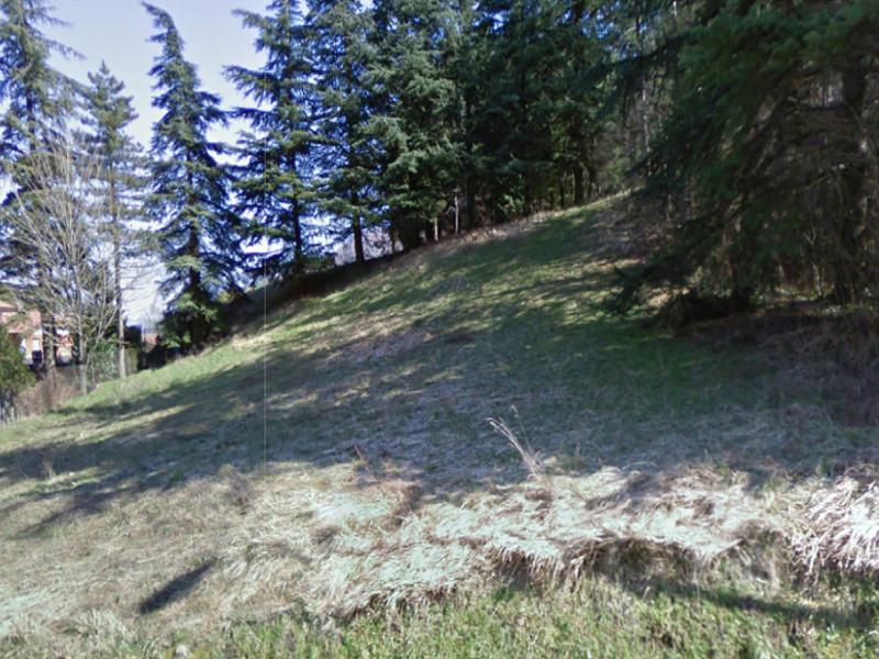 Terreno edificabile con area di rispetto ambientale