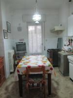 SENIGALLIA, Piano Regolatore, appartamento di 130 mq. in discrete condizioni