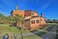 Rustico in stile toscano, zona Val di Chiana (SI)