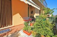 Appartamento ristrutturato con giardino a Torrita di Siena (SI)