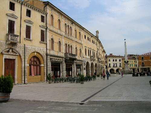 Negozio in centro storico