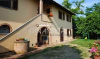 Farm for Sale in Montopoli In Val d'Arno, Pisa