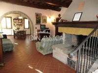 Bauernhof Zum Verkauf in Montopoli In Val d'Arno