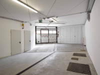 Cortina d'Ampezzo - Garage doppi e Magazzini in Vendita.