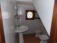 Anzola Emilia centro negozio con bagno in affitto