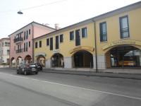 Padova - Via San Marco - Negozio dalla ottima visibilità