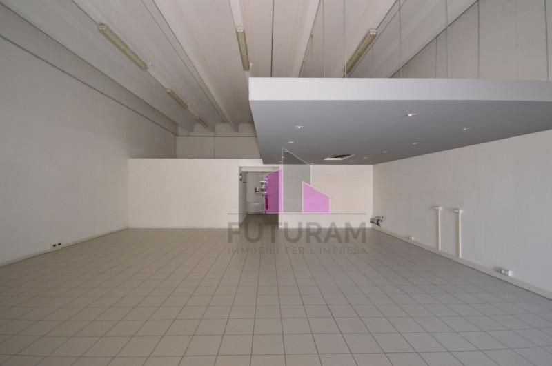 LABORATORIO VETRINATO Vicenza Ovest - A REDDITO - https://images.gestionaleimmobiliare.it/foto/annunci/170808/1618014/800x800/001__2_risultato.jpg