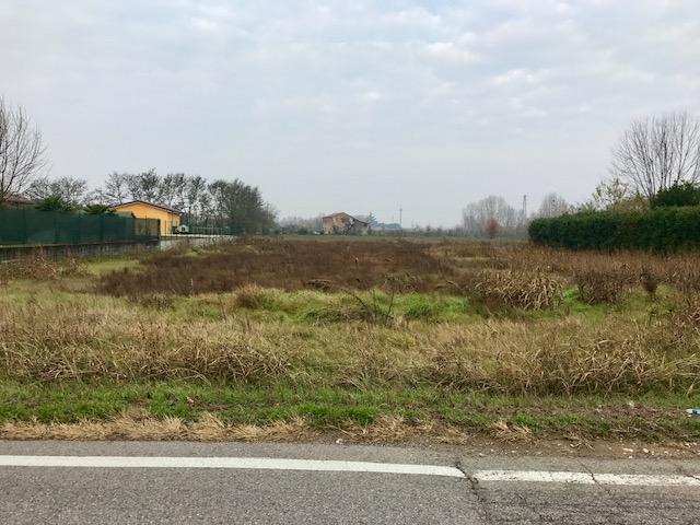 Terreno in vendita a Veronella
