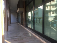 Ufficio/Negozio, in zona di forte passaggio pedonale e automobilistico