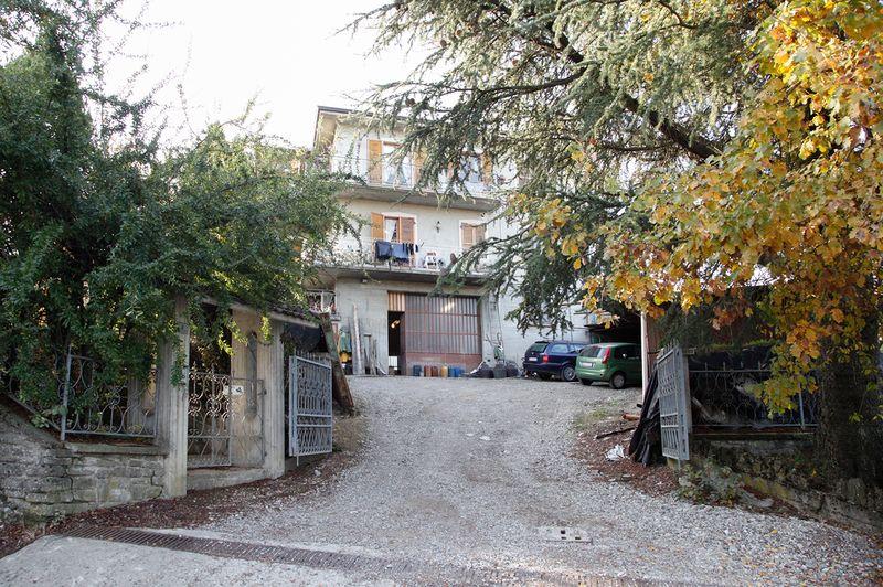 Casa indipendente con due appartamenti