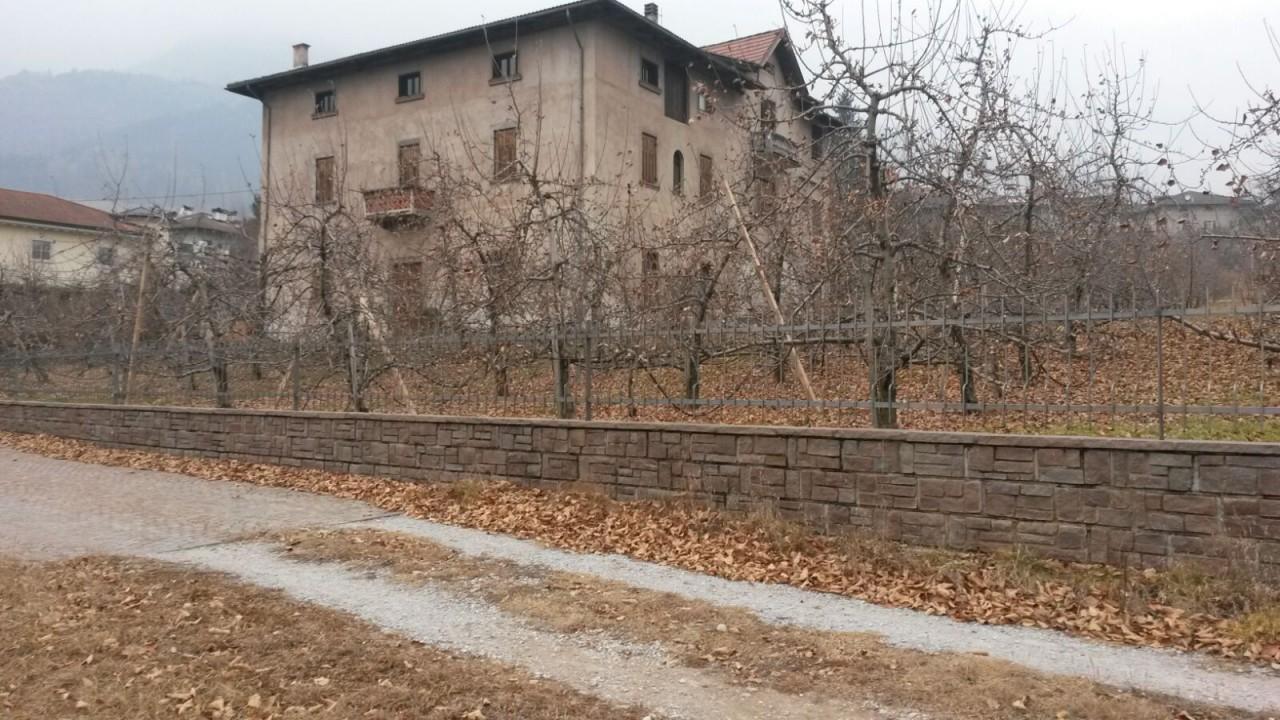 Ville d'Anaunia, Tuenno - Grande casa singola con terreno circostante