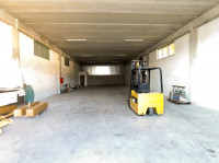 Capannone industriale con show-room
