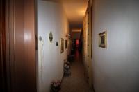 Vendesi, nel  centro a Montevarchi, appartamento,,