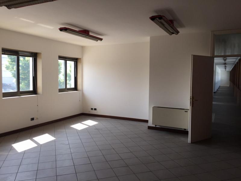 Ufficio / Studio in affitto a Dolo, 9999 locali, zona Zona: Arino, prezzo € 1.750 | CambioCasa.it