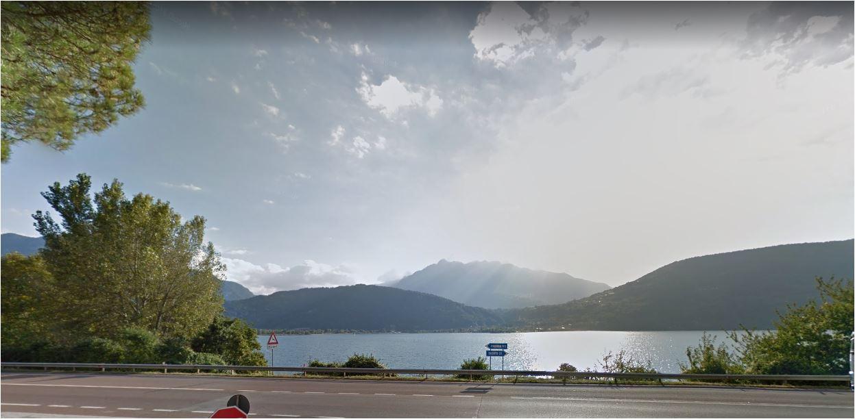 Tenna: Hotel in prima fila con vista lago