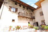 Cloz-Wohnung im idyllischen Nonstal / Cloz-Appartamento nella meravigliosa Val di Non