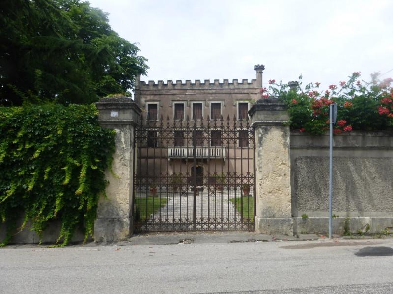 Villa in vendita a Illasi, 6 locali, zona Località: Illasi - Centro, Trattative riservate   PortaleAgenzieImmobiliari.it