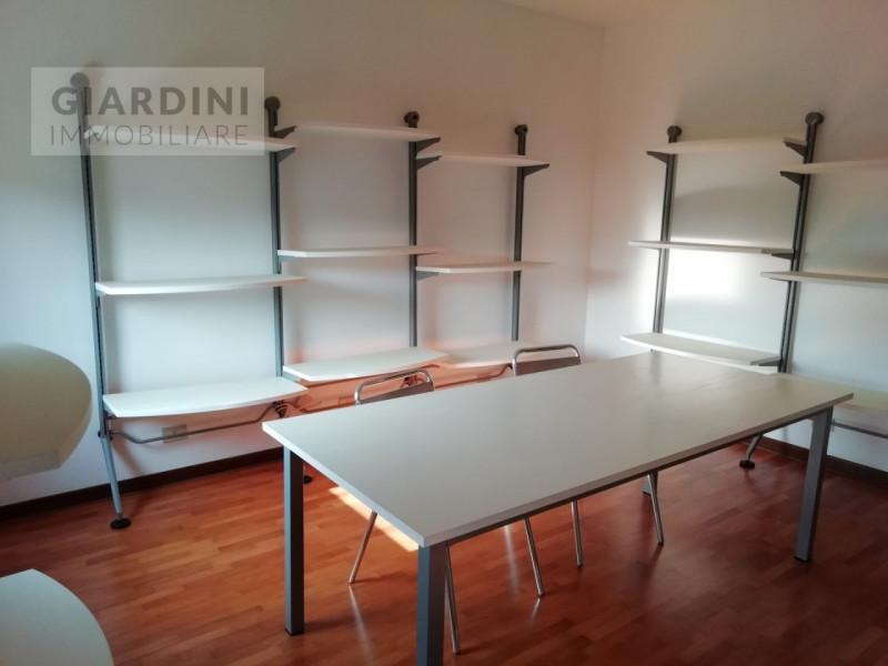 Ufficio / Studio in affitto a Stra, 9999 locali, prezzo € 1.100 | CambioCasa.it