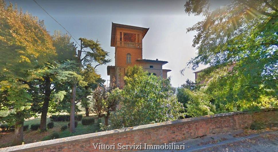 """Villa in stile """"Liberty"""" a Torrita di Siena (SI)"""
